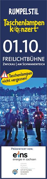 Taschenlampenkonzert Freilichtbühne Zwickau am Schwanenteich