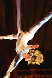 faszinierende Akrobatik in der Luft
