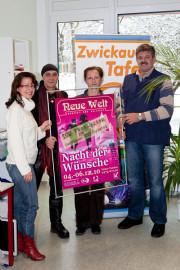 Silke Haase und Tilo Nöbel übergeben 100 Freikarten an die Zwickauer Kulturtafel